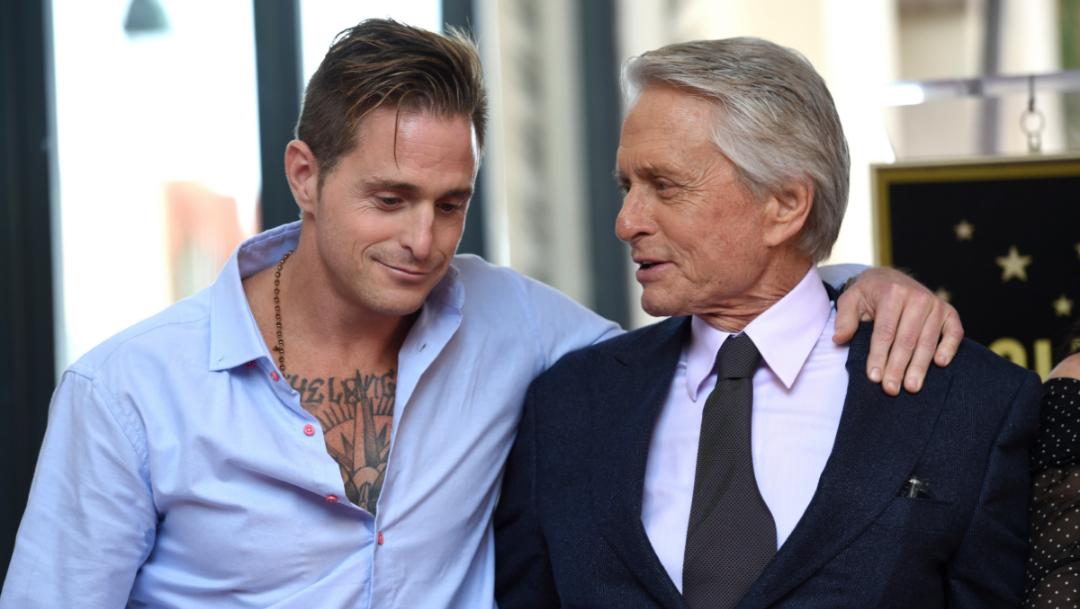 Foto: Cameron Douglas y su padre, Michael Douglas. 23 Octubre 2019