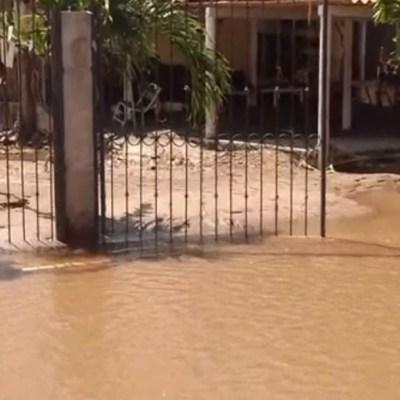 Lodo invade comunidad de El Rebalse en Jalisco
