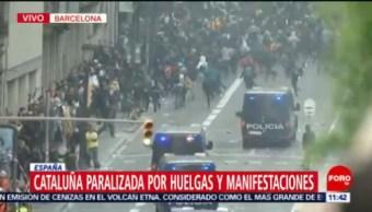 Cataluña paralizada por huelgas y manifestaciones