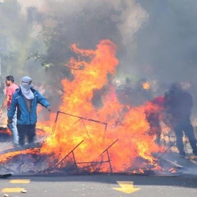 Protestas en Chile dejan tres personas fallecidas tras incendio en mercado