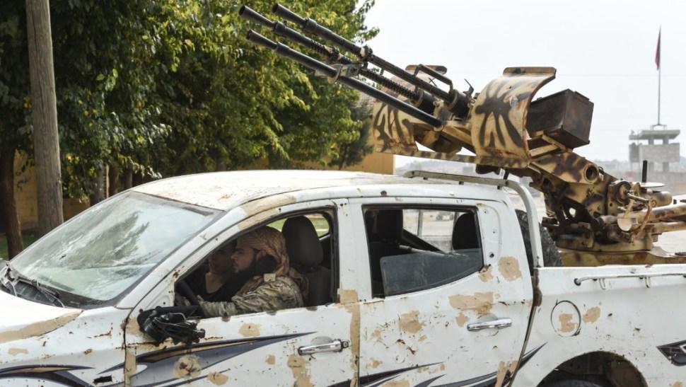 FOTO Imagen de combates en Siria, durante ofensiva de Turquía vs kurdos (Getty Images)