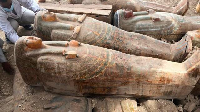 Foto Descubren al menos 20 ataúdes antiguos en Luxor, Egipto