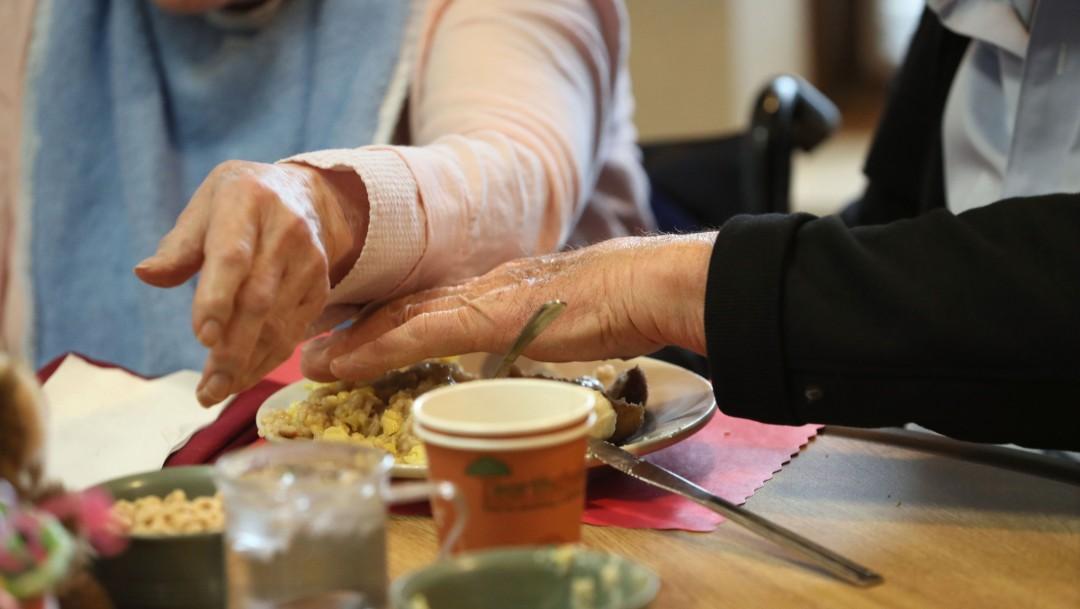 Foto: Dormir mucho o muy poco aumenta riesgo de alzheimer en hispanos de EU