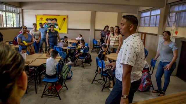 Foto: En Michoacán se realiza el ensayo para pago a maestros, dice AMLO