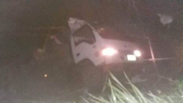 Foto: El camión cayó cerca del poblado Conner, en la provincia de Apayao, Filipinas