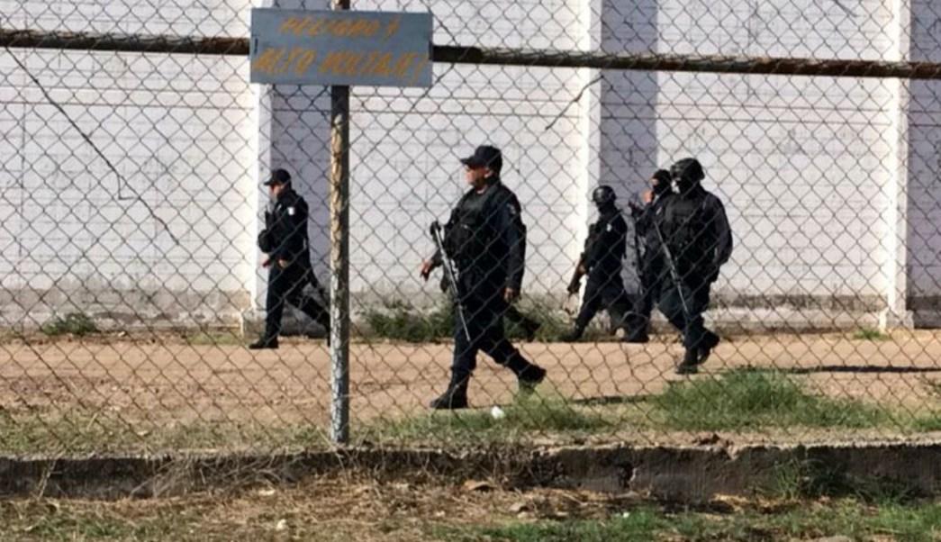 Foto: Custodios vigilan el penal de Aguaruto, en Culiacán, Sinaloa. Cuartoscuro/Archivo