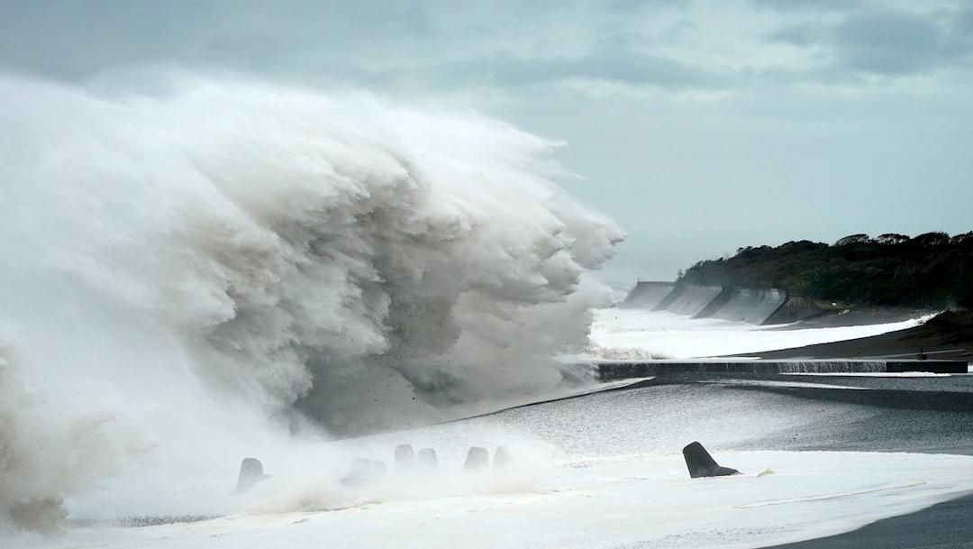 Foto: El tifón Hagibis tocó tierra este sábado en costas de Japón, 13 octubre 2019