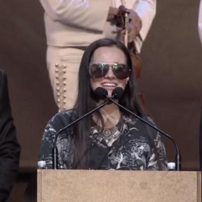 Hijos despiden, entre lágrimas, a José José durante homenaje en Miami