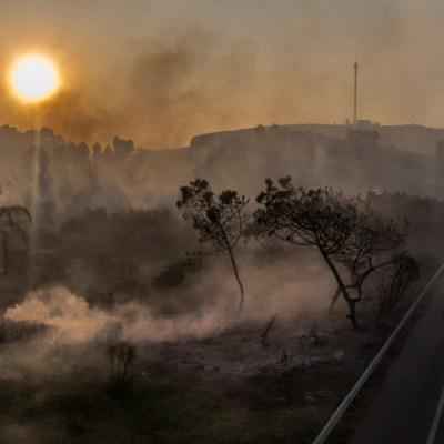 Fotos y videos: Incendios forestales azotan Baja California