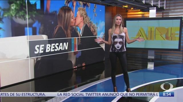 Jennifer Aniston besa a Ellen DeGeneres