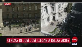 Llega cortejo fúnebre de José José al Palacio de Bellas Artes, en CDMX