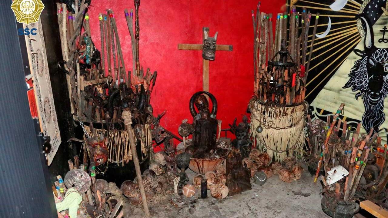 Al interior de un inmueble en Tepito encontraron cráneos humanos. (SECRETARÍA SEGURIDAD CIUDADANA /CUARTOSCURO)