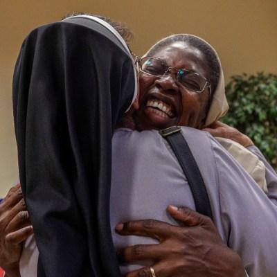 Monja obtiene doctorado con tesis sobre los abusos sexuales de sacerdotes