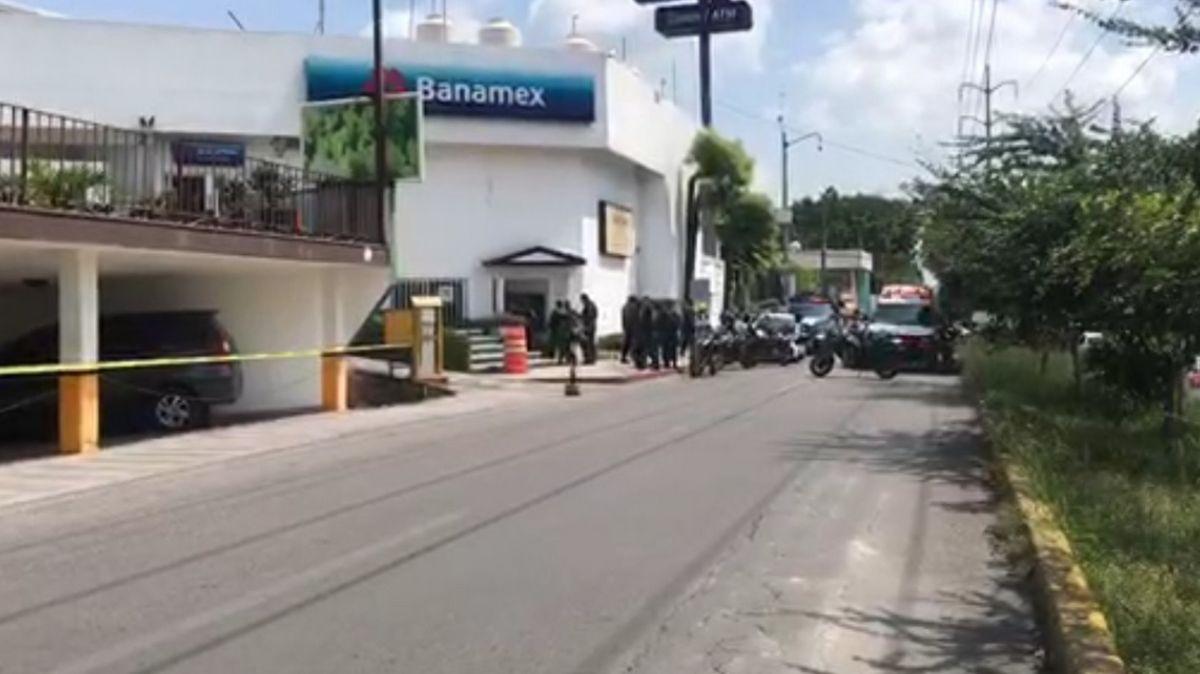 Matan a hombre en oficinas de Condusef en Cuernavaca.