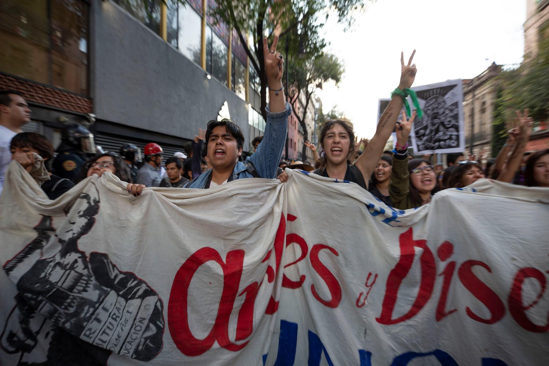 Marcha del 2 de octubre de 2019. (Noticieros Televisa/ Jacinto Torres)