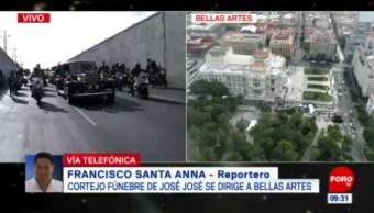 Motocicletas de la Policía capitalina vigilan cortejo fúnebre de José José