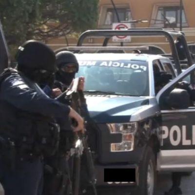 Policías municipales secuestran a elementos estatales en Guanajuato