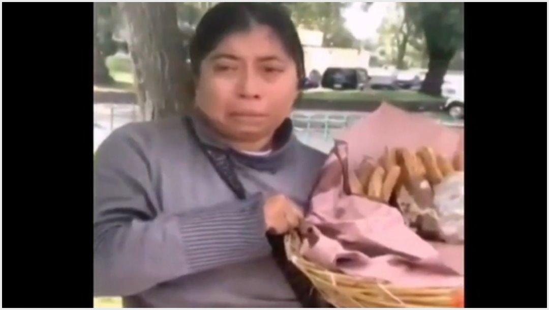 Fotos: Policías le tiran sus churros a vendedora, 13 de octubre de 2019 (Imagen tomada del video)