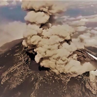 Popocatépetl lanza fumarola de dos kilómetros de altura