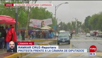 Protesta frente a la Cámara de Diputados, en la CDMX