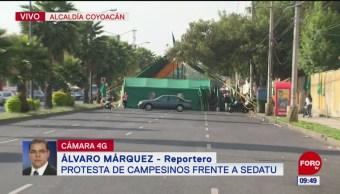 Protestan campesinos frente a Sedatu, en Coyoacán