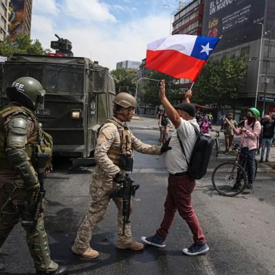 'No son 30 pesos, son 30 años': ¿Qué está pasando en Chile?