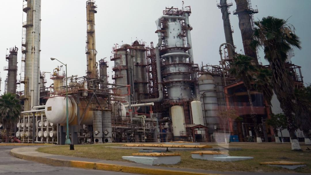 FOTO Pemex refinancia pasivos por 20 mil 130 mdd; en la imagen, la refinería 'Héctor Lara' de Cadereyta, Nuevo León (Presidencia de México/Cuartoscuro)