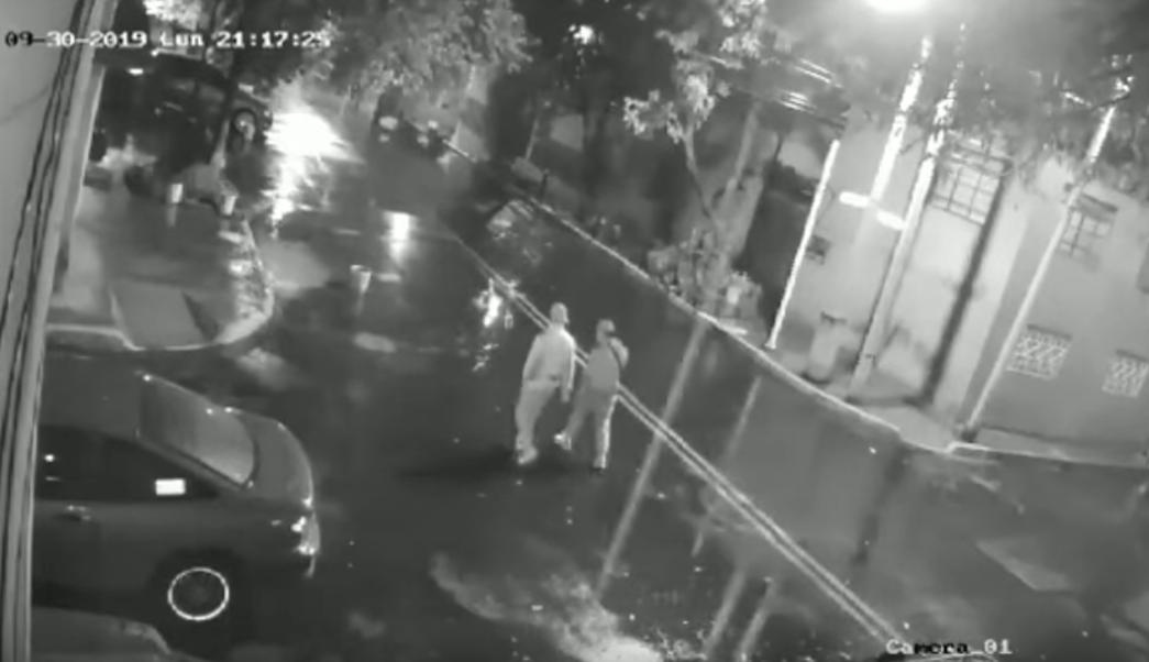 Foto Video: En 30 segundos roban auto a pareja en Iztacalco 2 octubre 2019