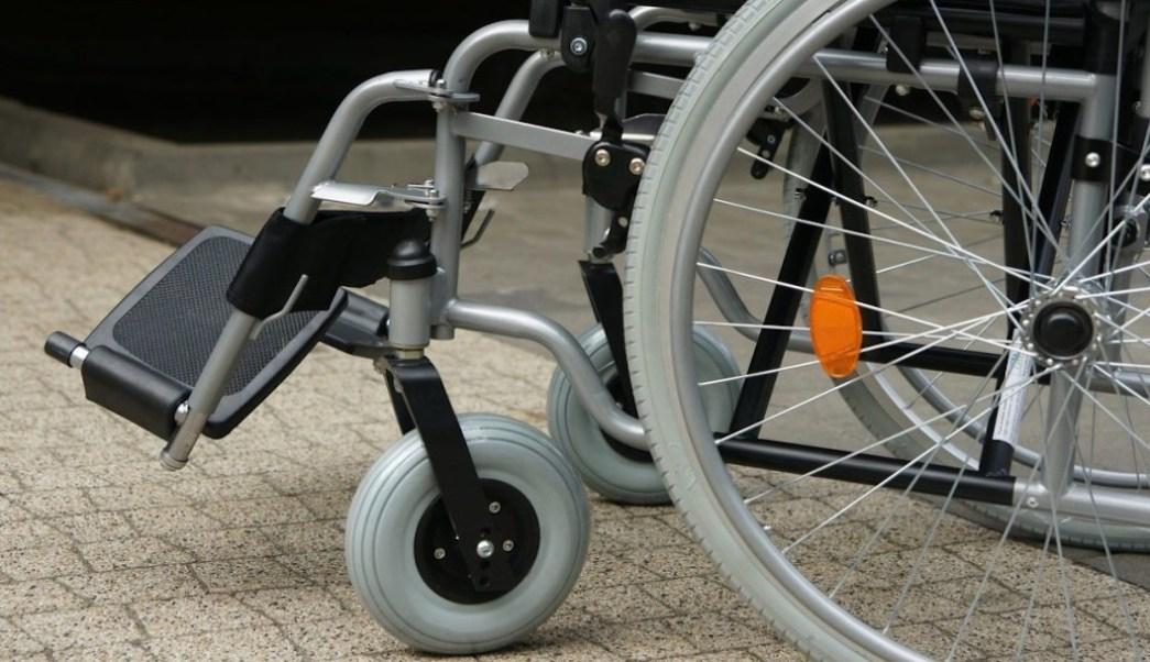 Foto Abuelita es detenida en aeropuerto; llevaba droga en su silla de ruedas 16 octubre 2019