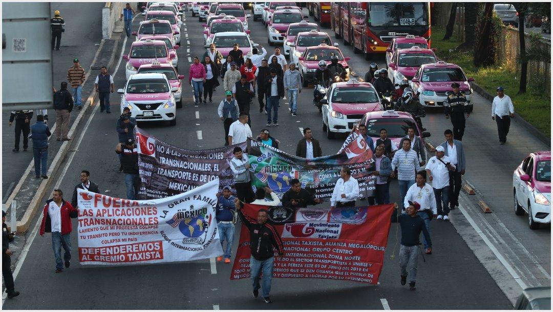 Foto: Taxistas bloquearon por varias horas calles de CDMX, 7 de octubre de 2019 (GALO CAÑAS /CUARTOSCURO.COM)