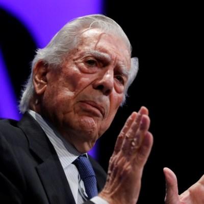'Un país no se jode en un día', dice Vargas Llosa al presentar nueva novela
