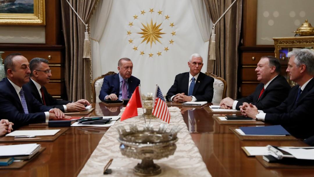 Foto: Vicepresidente de EU pide a presidente turco que detenga ofensiva en Siria, 17 de octubre de 2019, Siria