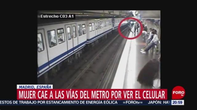 Foto: Video Usuaria Metro Cae Vías Por Ver Celular 25 Octubre 2019