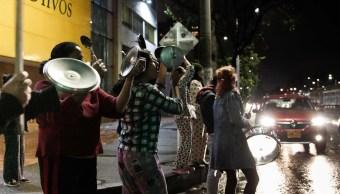 Foto: 'Cacerolazo' nocturno prolonga protestas en Colombia contra el Gobierno, 21 de noviembre de 2019 (EFE)