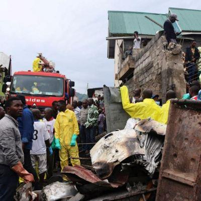 Suman 26 muertos por accidente aéreo en Congo