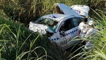 Foto: Un taxi se impactó de frente contra un camión pesado, 9 noviembre 2019