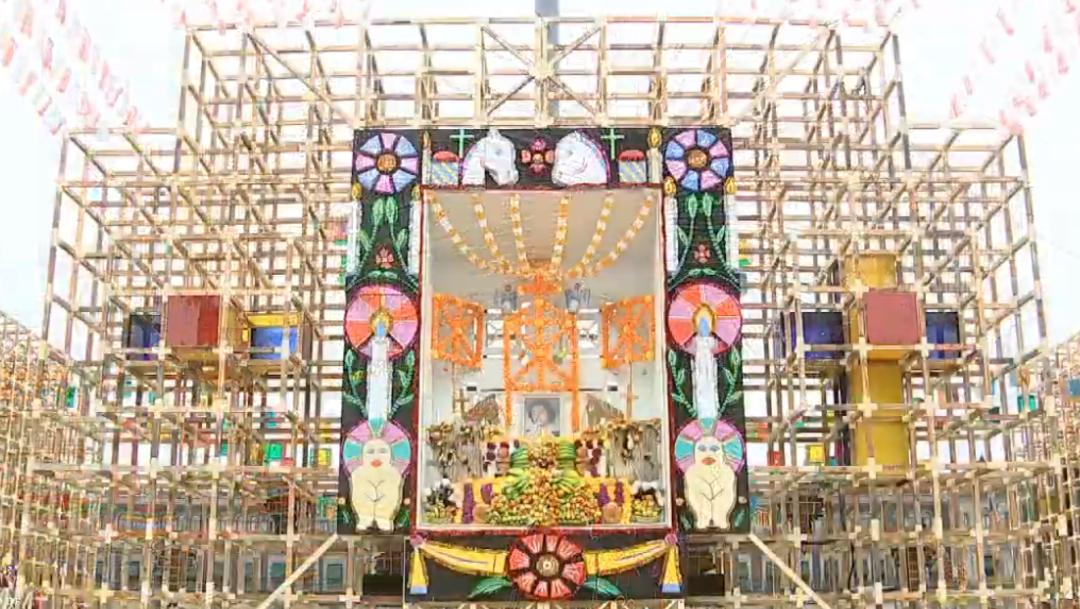 FOTO Altar del oeste, Cuanajo Michoacán (YouTube)