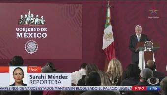 Foto: AMLO presenta su libro Hacia una economía moral