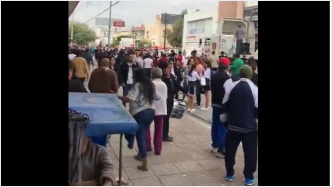 Foto: Balacera durante desfile de la Revolución Mexicana en Torreón, 17 de noviembre de 2019 (Twitter)