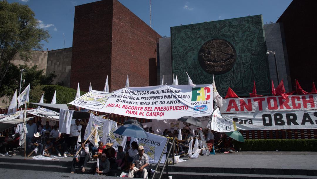 FOTO Campesinos mantienen bloqueo en Cámara de Diputados (Cuartoscuro/archivo)