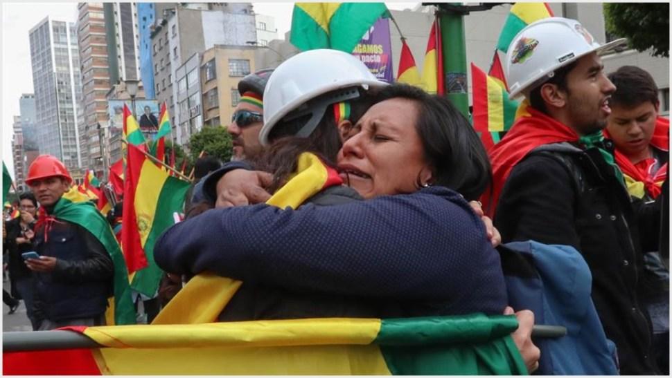 Bolivianos celebran en las calles renuncia de Evo Morales - RedSinaloa.mx