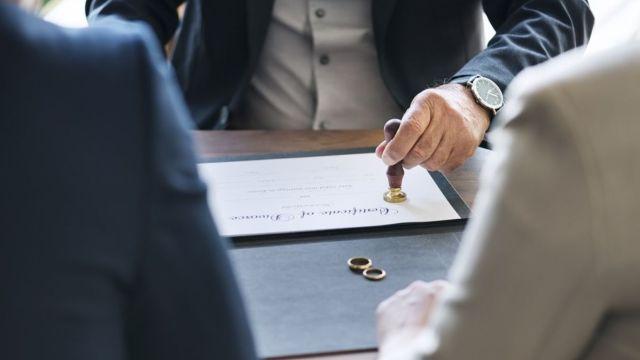 Aumenta cifra de divorcios en México.