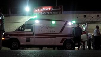 FOTO Cinturón y turbante ayudaron a parar sangrado de mexicanos apuñalados en Jordania, dice doctor (AP)