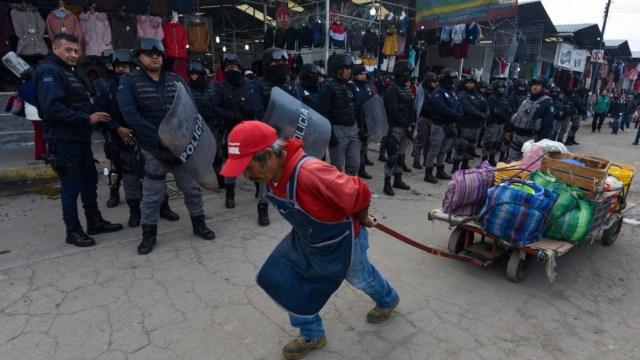 Imagen: El Gobierno de la Ciudad de México desarrolló diversas acciones para evitar extorsiones y otros delitos, así como garantizar la seguridad de comercios establecidos, ambulantes, vecinos del primer cuadro de la capital y visitantes