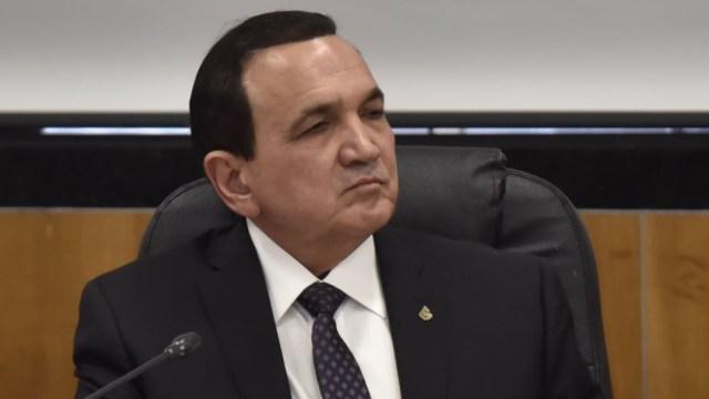 Imagen: El presidente de la Confederación, López Campos, afirmó que el recorte 'puede generar una desaceleración en el crecimiento del sector turístico'