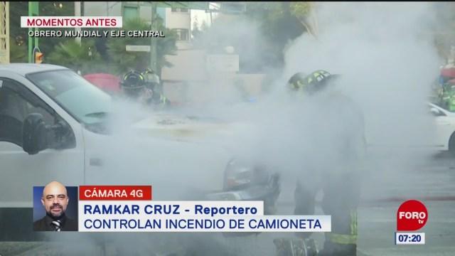Controlan incendio de camioneta en Eje Central Lázaro Cárdenas, en CDMX