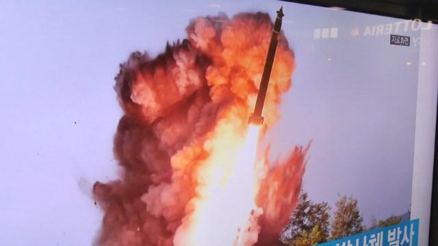 Corea del Norte dispara un proyectil no identificado, según Seúl