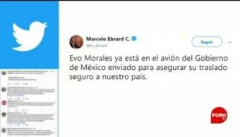 FOTO: Evo Morales aborda avión rumbo a México, confirma Ebrard, 11 noviembre 2019