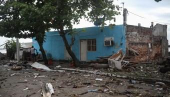 Foto: Destrozos en el Boulevard Ávila Camacho por el frente frío 8 en Veracruz. Cuartoscuro