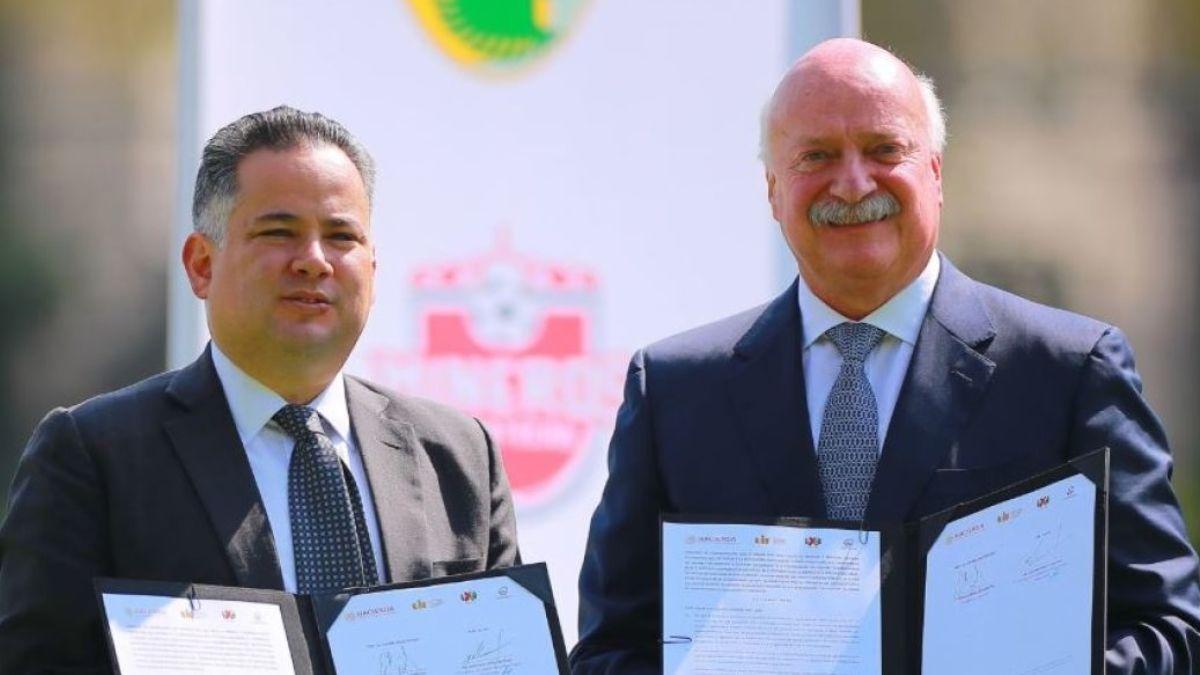 Foto: Santiago Nieto, titular de la Unidad de Inteligencia Financiera de Hacienda y Enrique Bonilla, presidente de la Liga Mx y Ascenso Mx
